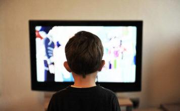 Maluch uzależniony od telewizji – jak sobie z tym poradzić?